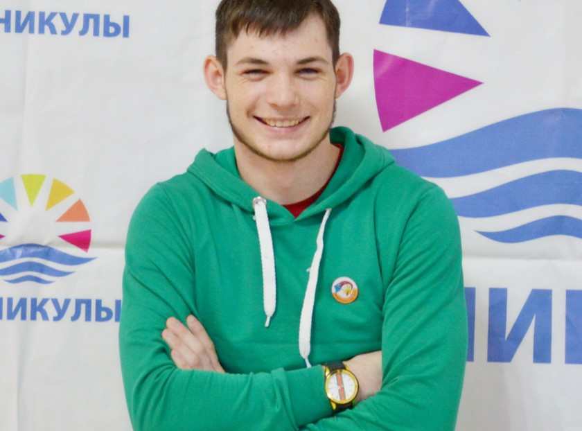 Михаил Кишкаренко (Маяк)